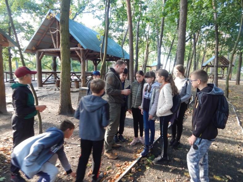 Гуртківці «Шкільного лісництва» завітали в гості до держлісгоспу